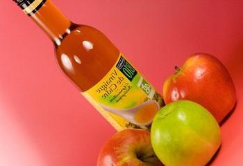 Лечение дома яблочным уксусом