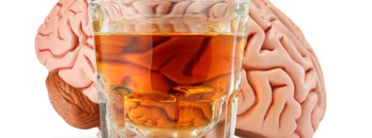 При алкоголизме одного из членов семьи, другие тоже неизбежно страдают