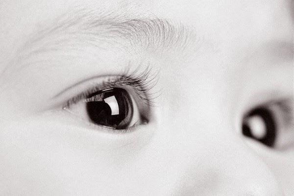 Чем лечить конъюнктивит у ребенка в 1 месяц