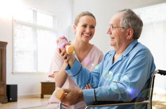 Кроме медикаментозных воздействий после перенесения инсульта включают двигательную активность больных