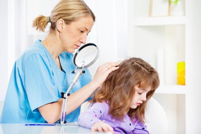 Шампунь от вшей и гнид для детей: какие шампуни от педикулеза для детей существуют и как их использовать?