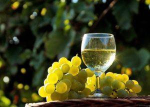 Белое вино выступает основным ингредиентом натурального сексуального стимулятора