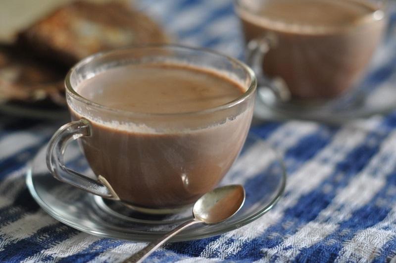В какао содержатся флавоноиды, которые улучшают состояние сосудов