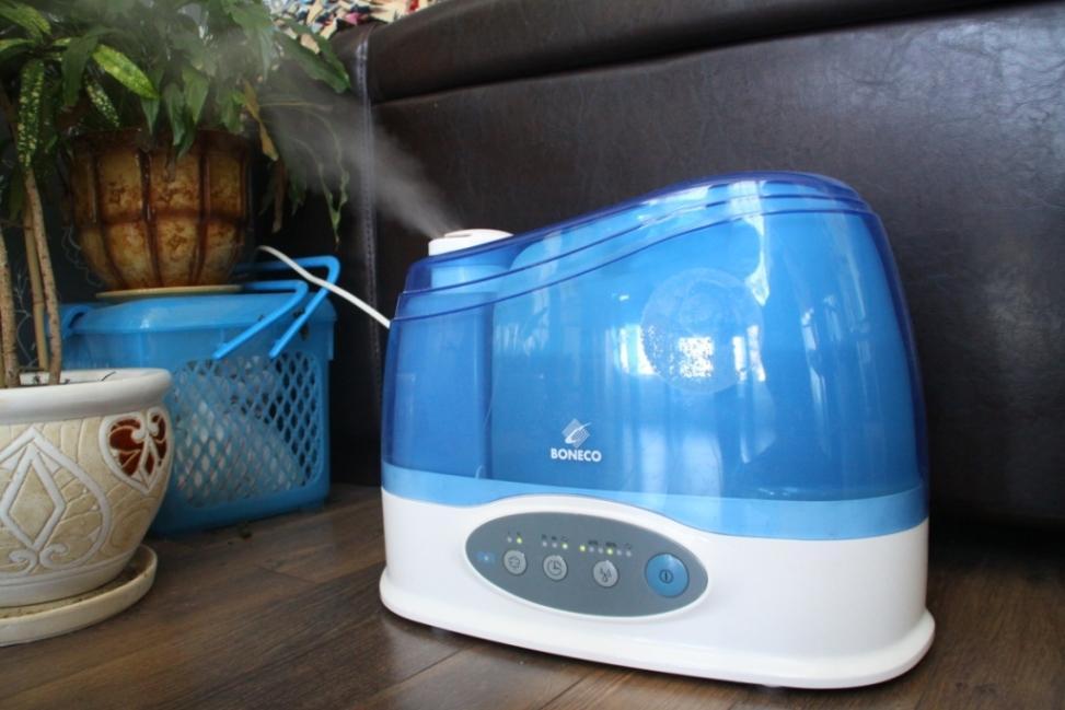 Для скорейшего выздоровления от насморка в доме желательно использовать увлажнитель воздуха