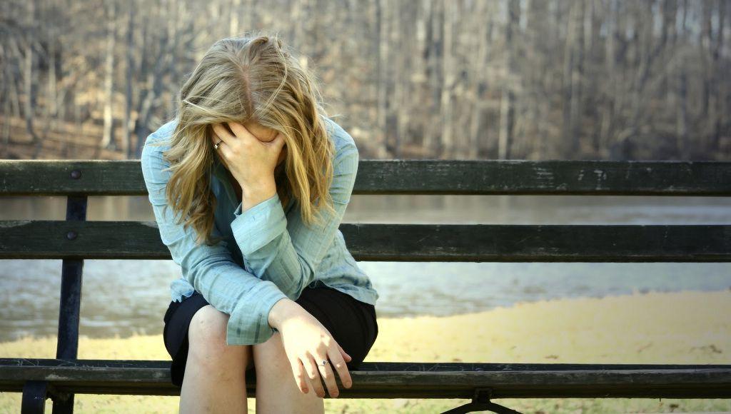 Как избавиться от депрессии самостоятельно в домашних условиях и как лечить ее
