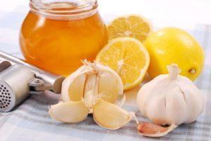 Лимон, мед и чеснок - эффективное средство в борьбе с тахикардией