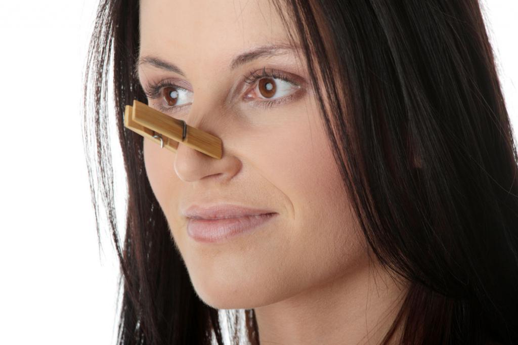 Постоянная заложенность носа без насморка причины