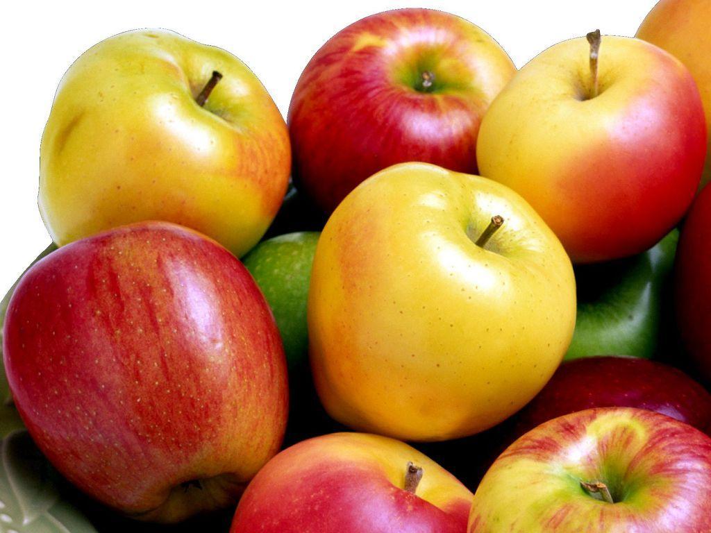 При гипертонии рекомендуют устраивать разгрузочные дни, например, на яблоках