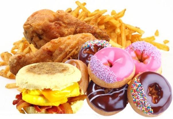При гипотиреозе важно исключить из рациона любые жирные продукты