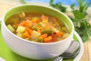 Супы должны быть на легких немясных бульонах или на воде