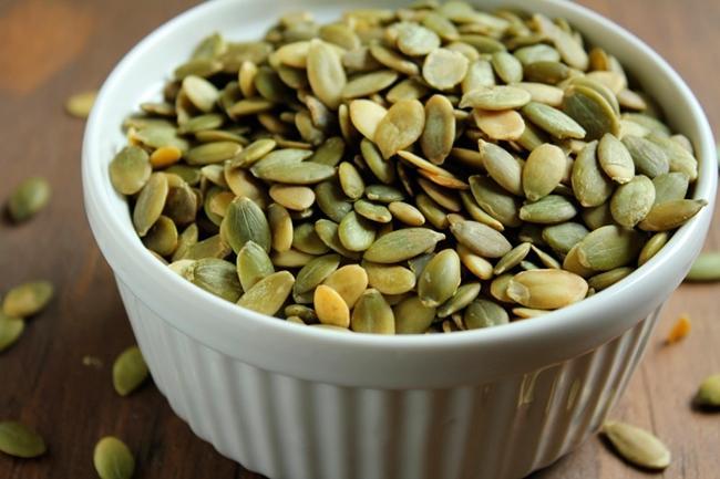 Употребление тыквенных семечек способствует гибели большого количества глистов