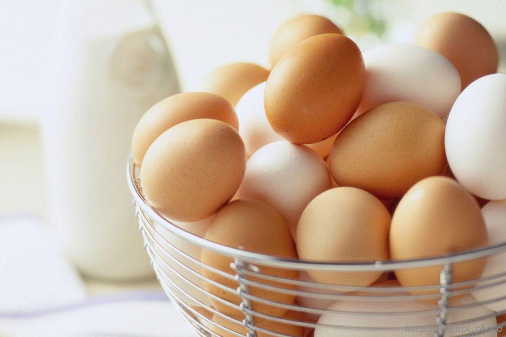 Греть крылья носа яйцами нужно в течение 5-10 минут