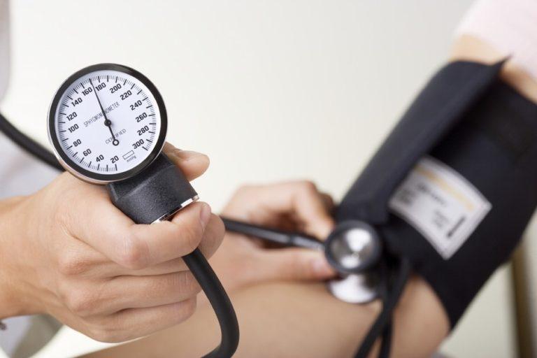 Как снизить высокое давление медикаментами