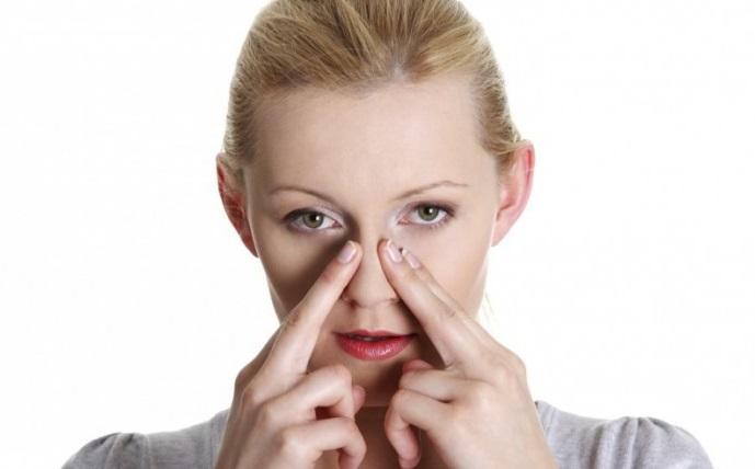 Отек носа без насморка: причины