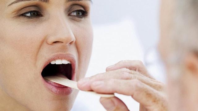 Болит горло: психосоматика