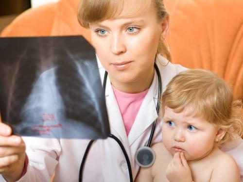 Признаки пневмонии у детей 2 лет
