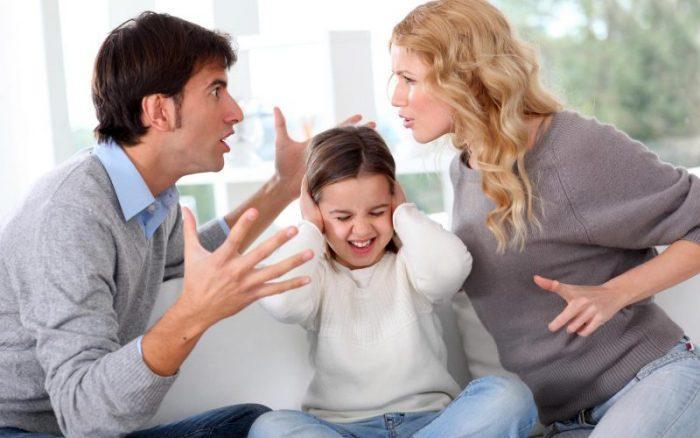 Специалистами по психосоматике утверждается, что склонны к воспалению аденоидов дети с дефицитом родительской любви