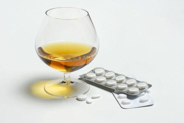 იმას ნიშნავს, რომ გაიზარდოს potency მამაკაცებში თავსებადი ალკოჰოლის