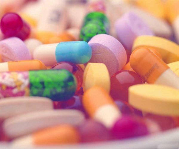 Блокаторы гистамина помогают справиться с клиническими проявлениями аллергии, но они не влияют на причину патологических реакций