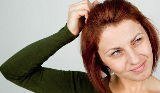 Зуд может появиться после использования средств по уходу за волосами
