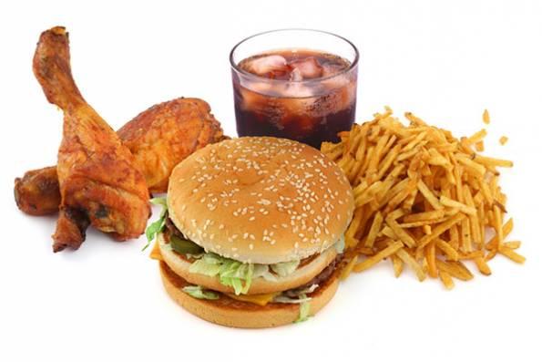 Неправильное питание одна из причин нарушения работы печени