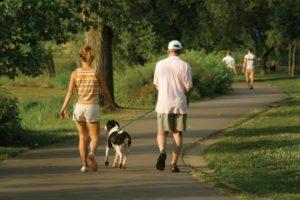 Пешие прогулки очень полезны