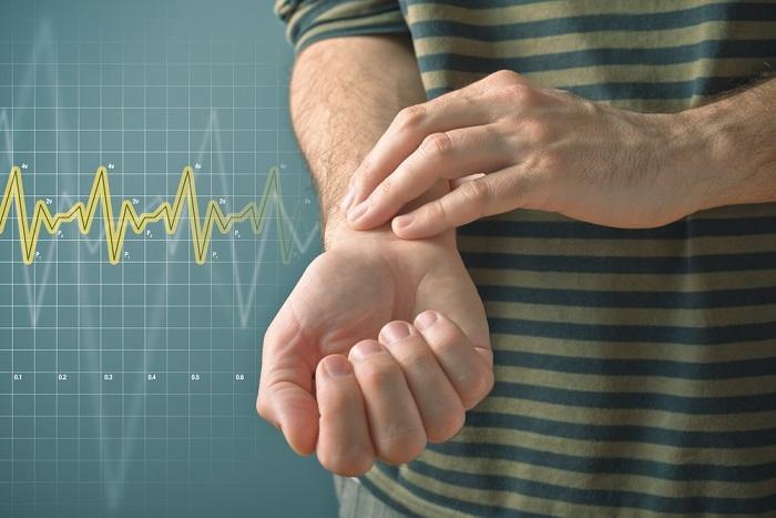 Повышенный пульс при нормальном давлении: что делать?
