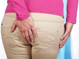 Зуд в заднем проходе у женщин: причины