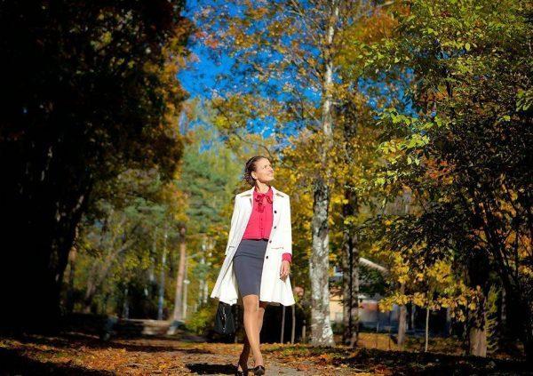 Регулярные прогулки на свежем воздухе способствуют нормализации работы всего организма