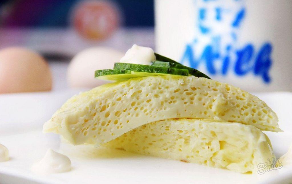 При выздоровлении, на первый завтрак подойдет омлет на пару и стакан молока