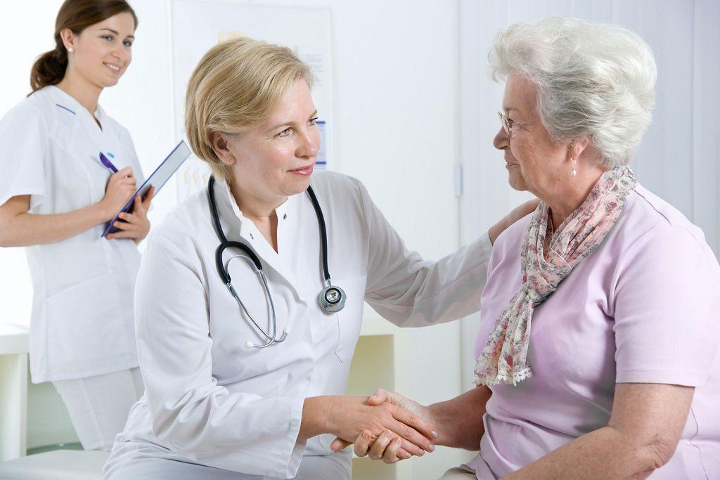 Симптомы нарушения сердечного ритма зависят от разных факторов, возраст один из них