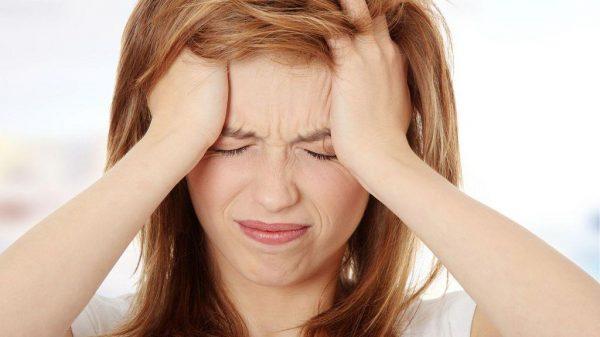 При повышении АД, часто возникает головная боль