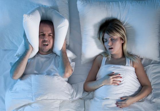 Гормональный ринит у беременных может проявляться ночным храпом
