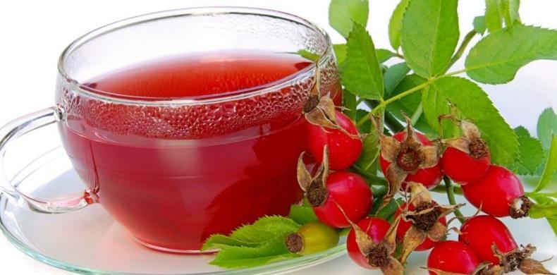 В полдник можно выпить стакан настоя из шиповника с сухариками или творожным кексом