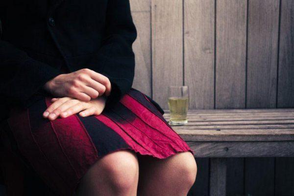 Женский алкоголизм: как с ним бороться?
