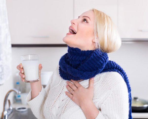 Чем полоскать горло когда болит?