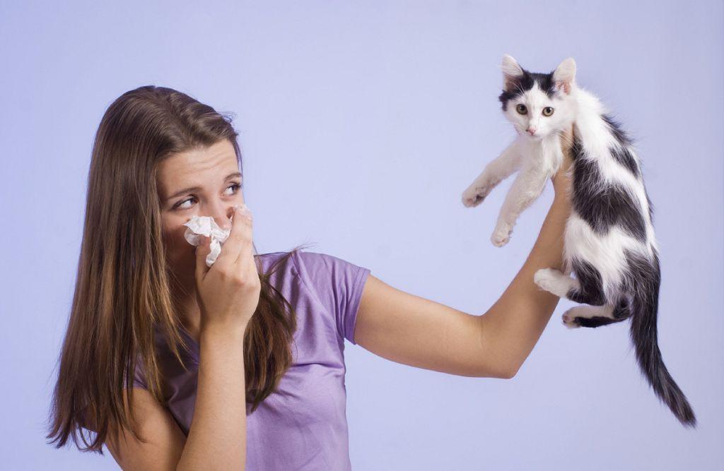 Болезнь характеризуется усиленной восприимчивостью к резким запахам