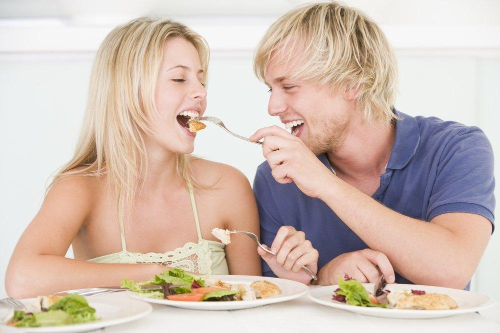 Использование одной посуды с инфицированным также не приведет к заражению