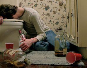 Рвотный рефлекс означает борьбу организма с алкоголемлекс означает борьбу организма с алкоголем, отсутствие рвотного рефлекса признак алкоголизма