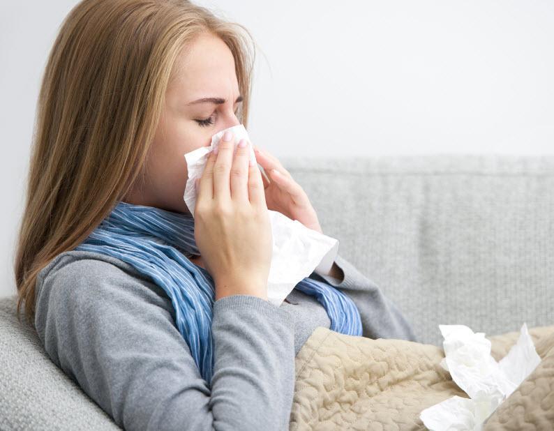 При насморке дышать становится еще сложней