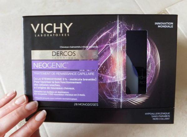 Vichy Dercos Neogenic быстро впитывается, не вызывает раздражения и не оставляет жирных следов