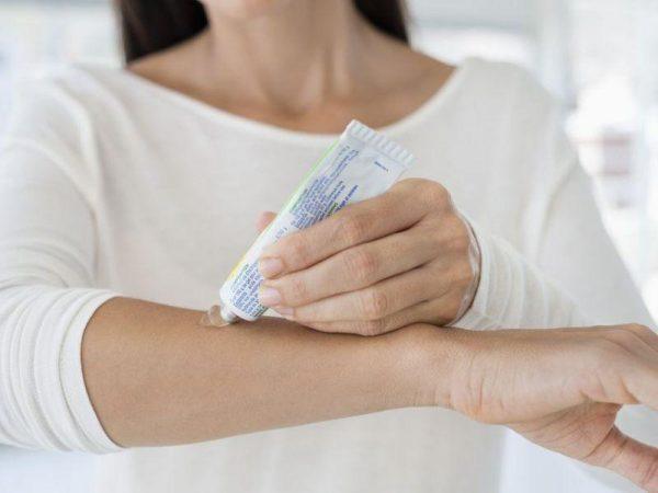 Мазь от дерматита на коже