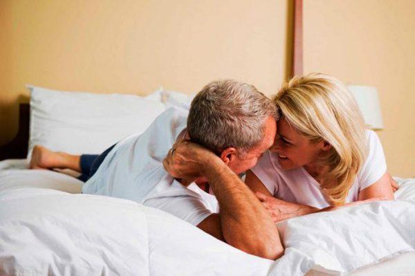 Правильно выбирайте позу для секса после инсульта