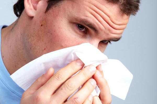 Как вылечить насморк быстро у взрослого