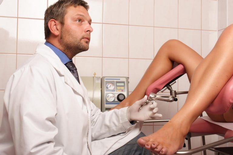 Видео прием жен гинекологом