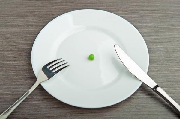 Голодание - одна из возможных причин появления язвы