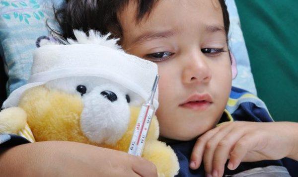 Детям показано сбивать температуру, если превышена отметка 38.7 С
