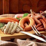Колбасные изделия и сосиски