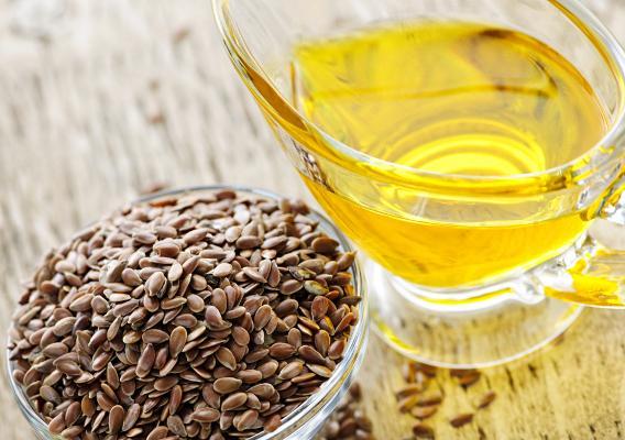 Льняное масло для проведения антицеллюлитного массажа