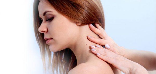 Папилломы на шее сильно портят внешность